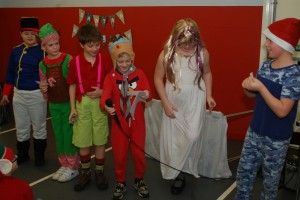 Cubs_(Friday)_Christmas_Show_2015_3