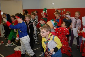 Cubs_(Friday)_Christmas_Show_2015_6