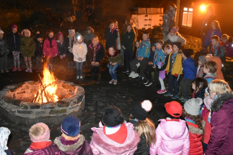 Grey Colony Rainbows & Brownies Campfire